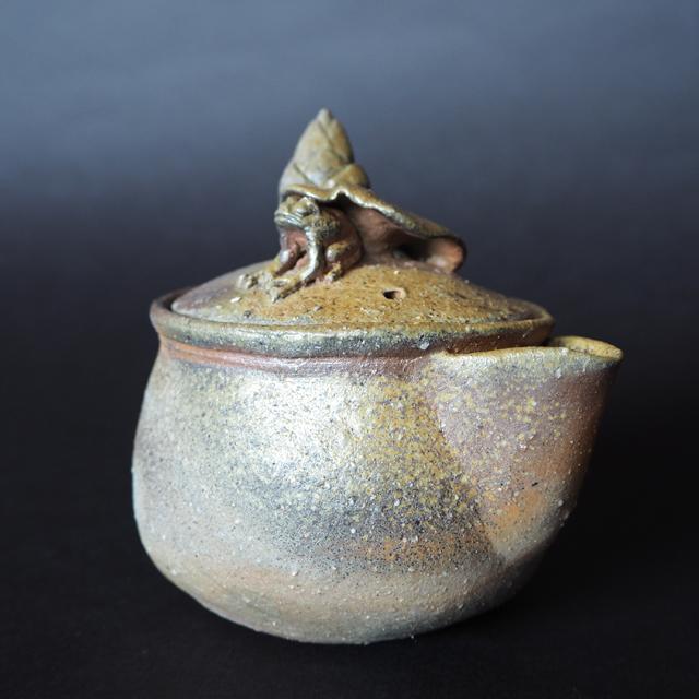 備前焼末石窯宝瓶蛙